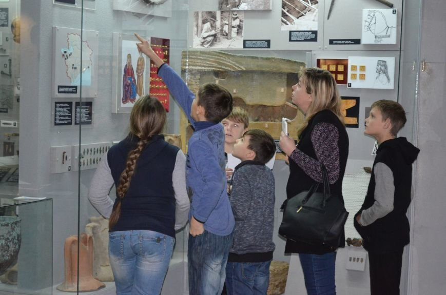 Школьники прошли лабиринтами истории в поисках артефактов (фото), фото-7