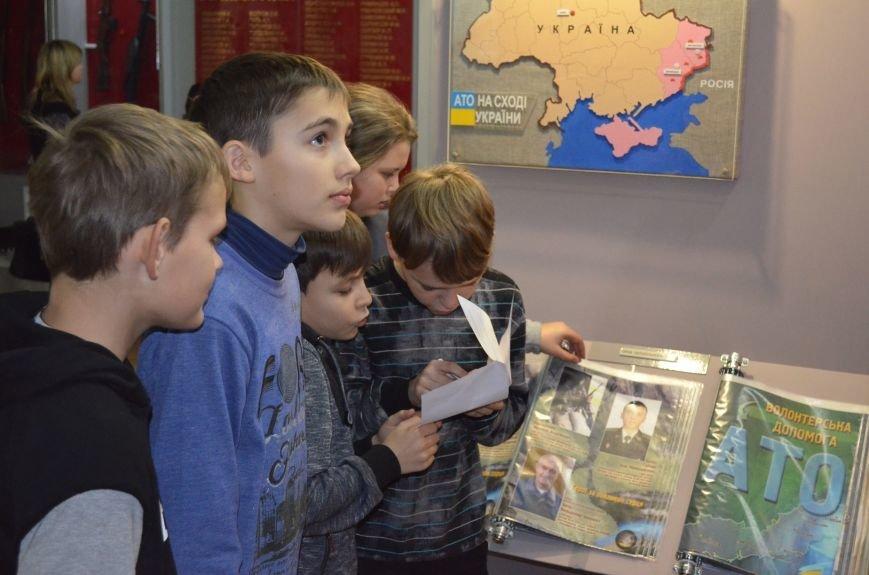 Школьники прошли лабиринтами истории в поисках артефактов (фото), фото-2