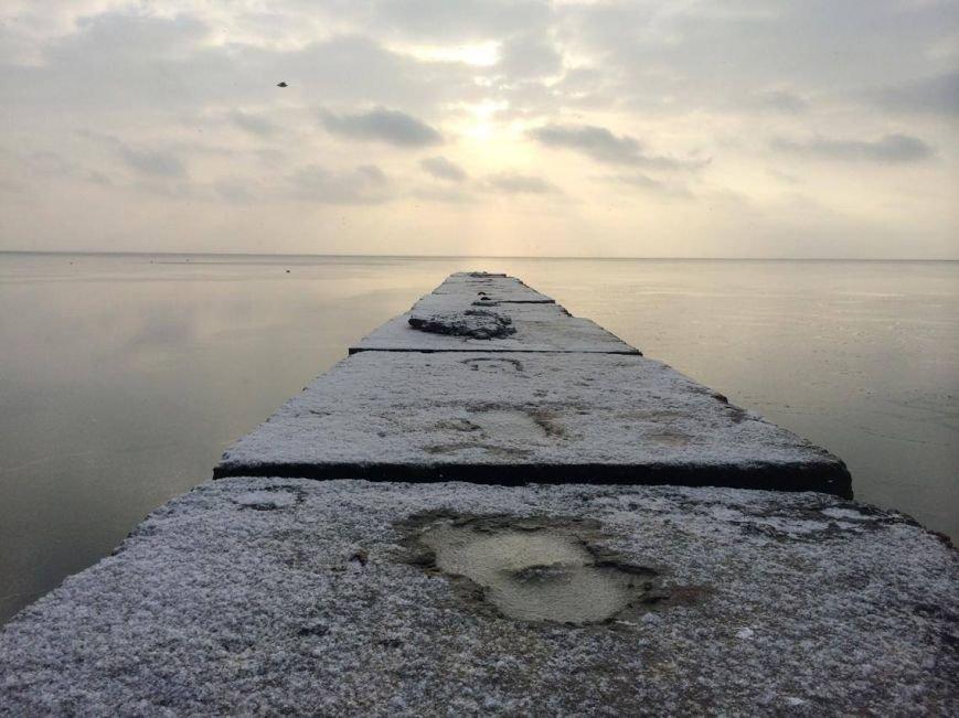 В Мариуполе снег украсил морское побережье (ФОТО), фото-3