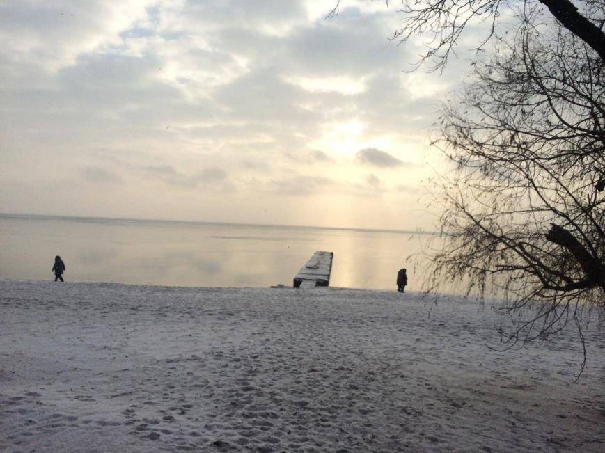 В Мариуполе снег украсил морское побережье (ФОТО), фото-2