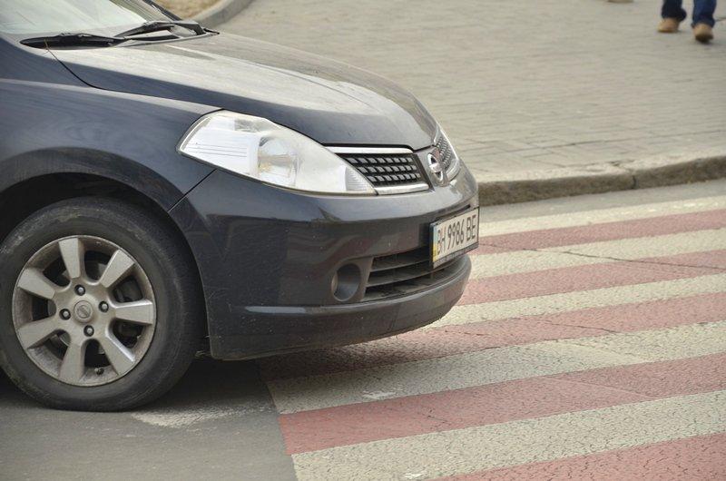 Автохамы-одесситы на Ланжероновской улице показали плохой пример (ФОТО), фото-4