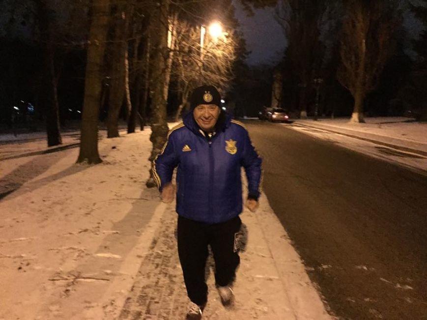 Тернополяни у соцмережах публікують фото вечірньої пробіжки радника Арсена Авакова (ФОТО), фото-2