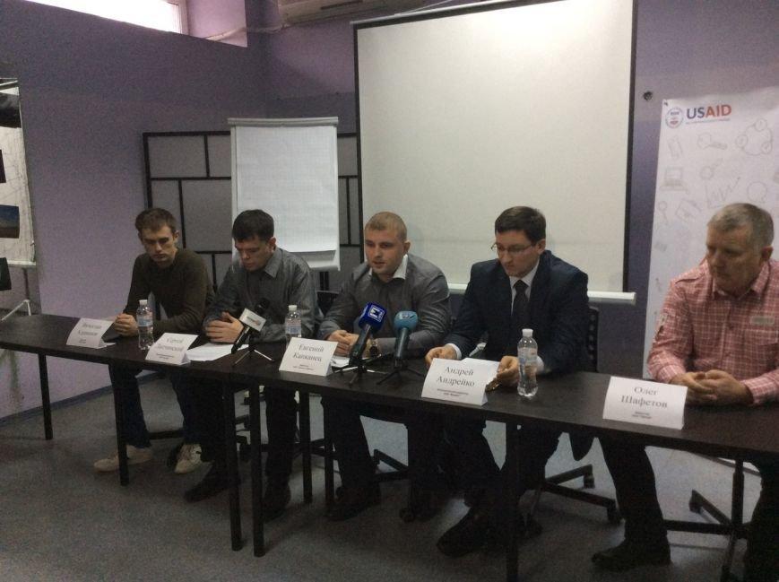 Мариупольцев заставят платить за просмотр центральных телеканалов (ВИДЕО), фото-1