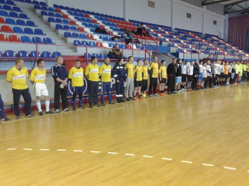 Закарпатські рятувальники вшанували учасників ліквідації аварії на Чорнобильській АЕС: фото, фото-2