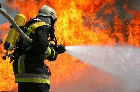 На Мукачівщині пожежа охопила житловий будинок, фото-1