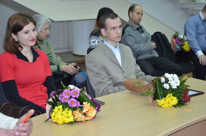 В Днепре наградили лучших молодых ученых области (ФОТО), фото-13