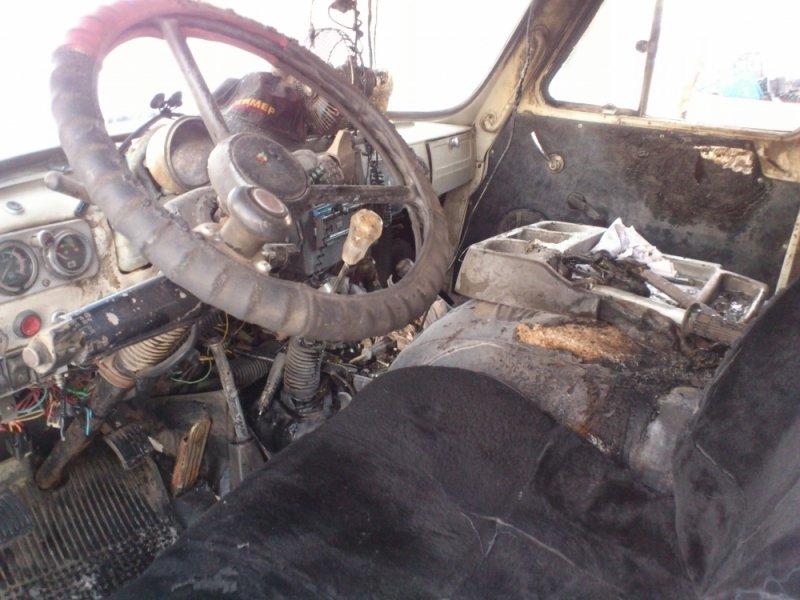 В Ульяновске на ходу загорелся УАЗик. ФОТО, фото-1