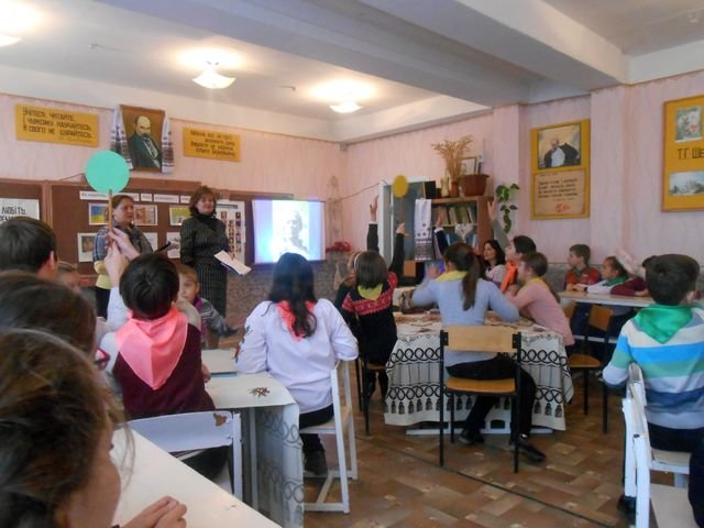 Учащиеся школы № 19 почтили память Ивана Франко, фото-1