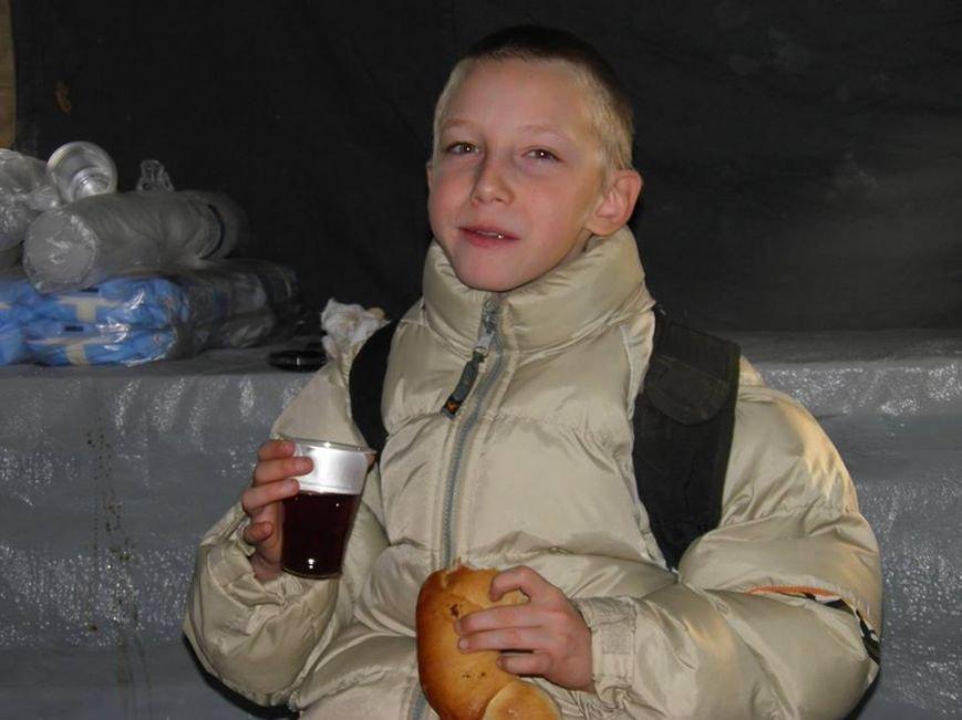 Як мер Ужгорода рятувався від холоду у пункті обігріву: фото, фото-3