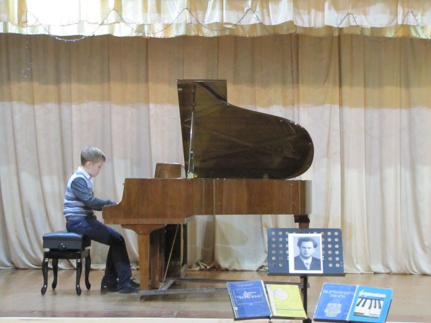 Юные пианисты прошлись по нотным страницам Юрия Щуровкого (фото, видео), фото-4