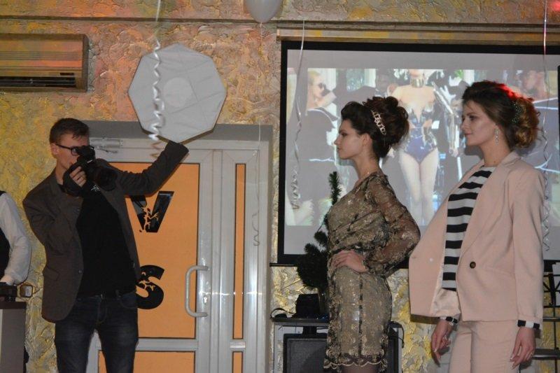 В Новополоцке прошел Рождественский модный показ. ФОТОРЕПОРТАЖ, фото-9