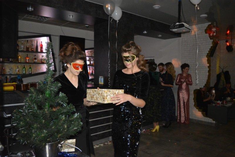 В Новополоцке прошел Рождественский модный показ. ФОТОРЕПОРТАЖ, фото-17