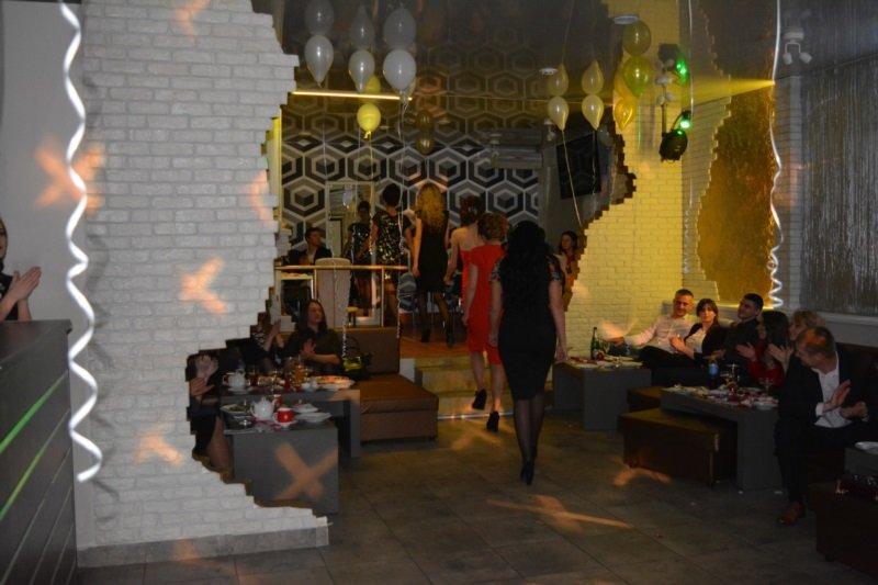 В Новополоцке прошел Рождественский модный показ. ФОТОРЕПОРТАЖ, фото-16
