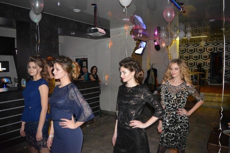 В Новополоцке прошел Рождественский модный показ. ФОТОРЕПОРТАЖ, фото-11
