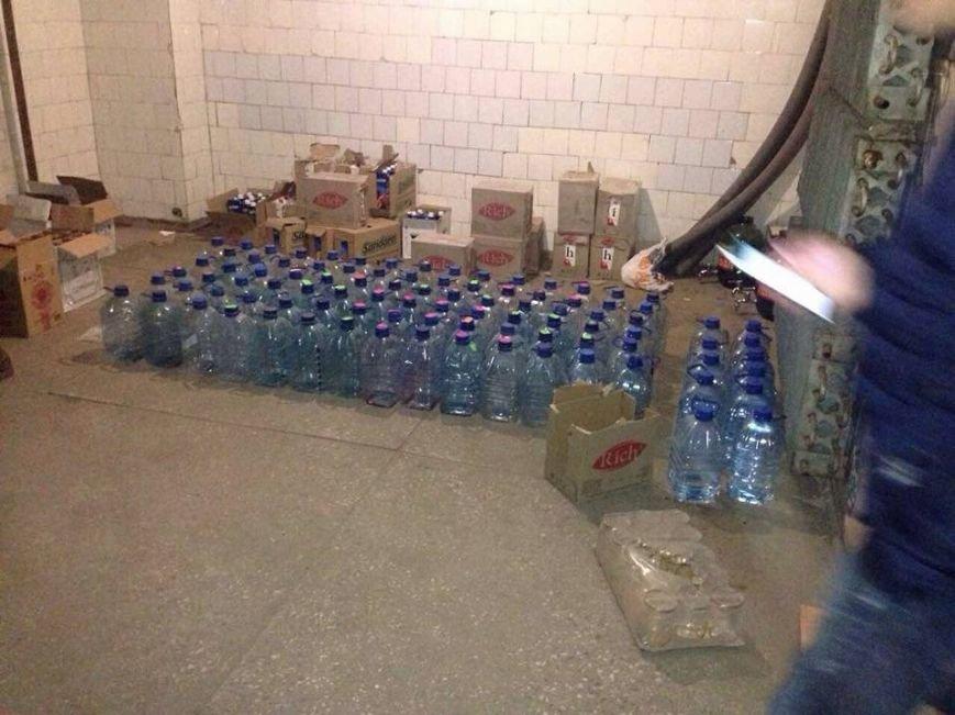 Популярное заведение Славянска изготавливало суррогатный алкоголь, фото-3