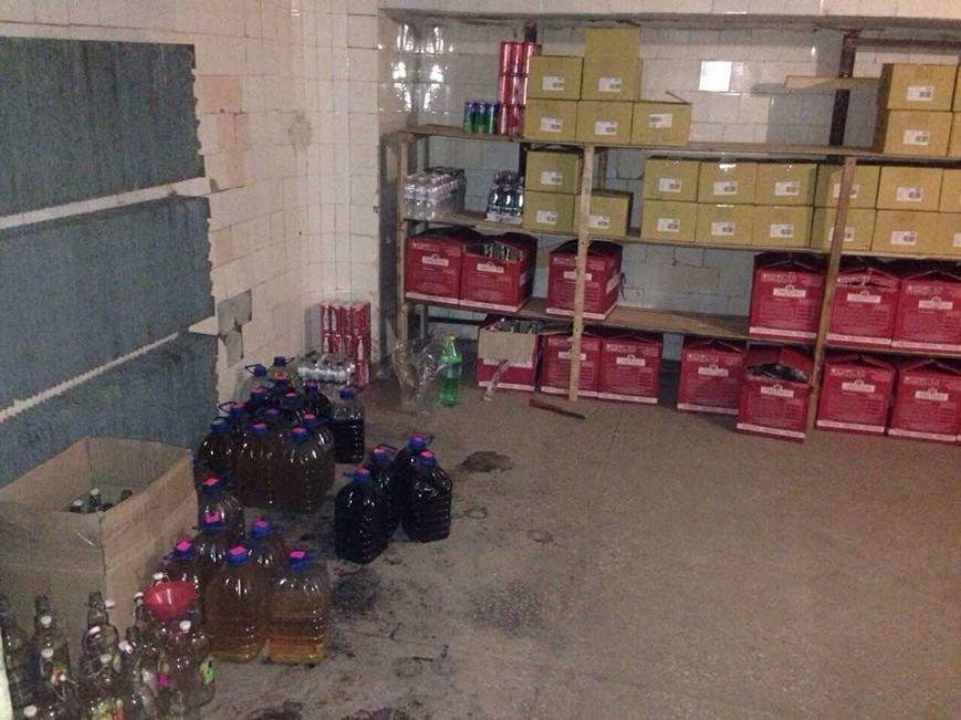 Популярное заведение Славянска изготавливало суррогатный алкоголь, фото-2