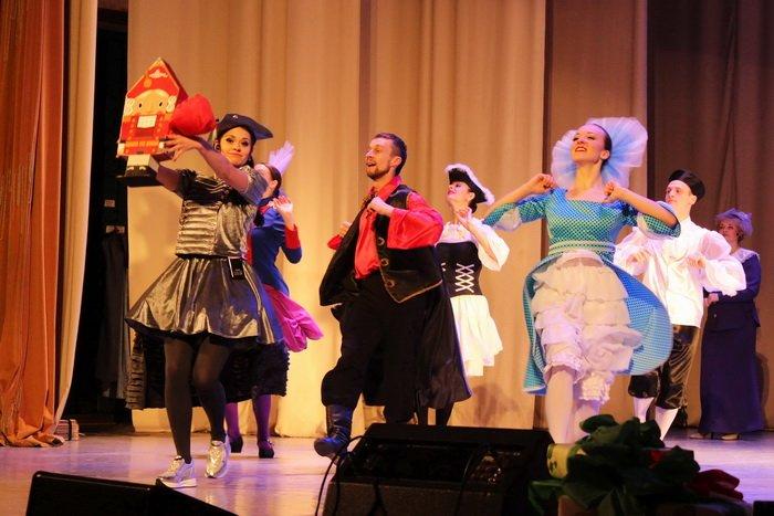 Под Новый год в Витебской областной филармонии можно увидеть, как дерутся мыши и рождается любовь, фото-3