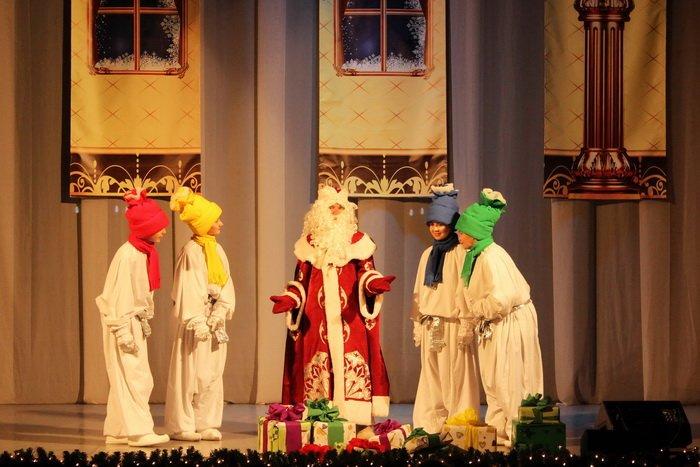 Под Новый год в Витебской областной филармонии можно увидеть, как дерутся мыши и рождается любовь, фото-11
