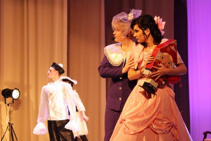 Под Новый год в Витебской областной филармонии можно увидеть, как дерутся мыши и рождается любовь, фото-4