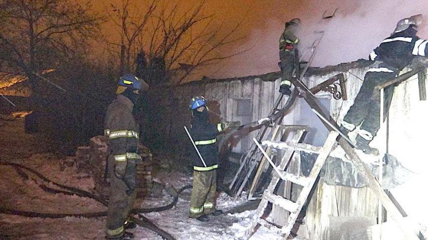 В Мариуполе на Правом берегу горел заброшенный склад(ФОТО), фото-13
