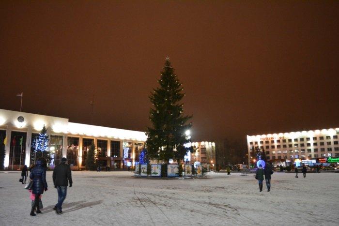 Огни ночного города. Как выглядит центр Новополоцка накануне праздников, фото-6