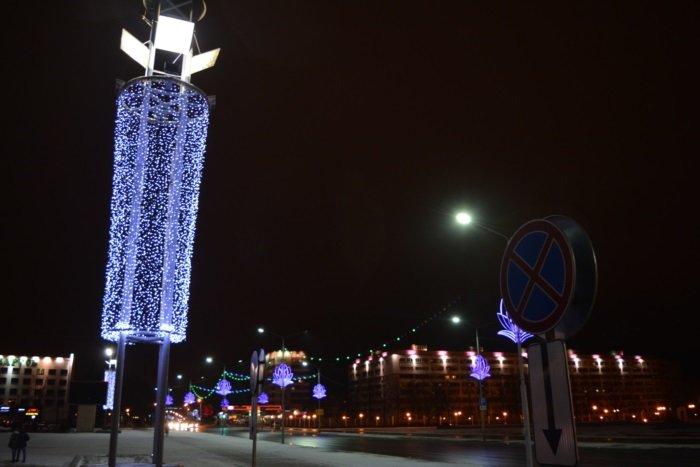 Огни ночного города. Как выглядит центр Новополоцка накануне праздников, фото-5