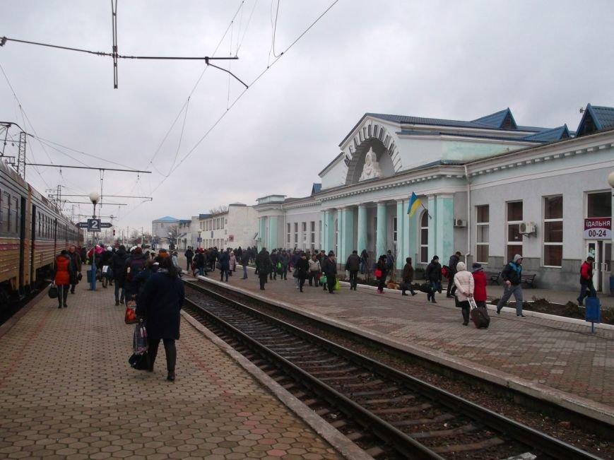 Крымский путешественник занялся вдальрайдингом по железной дороге Запорожской области (фото), фото-2