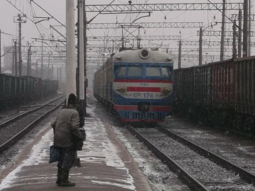 Крымский путешественник занялся вдальрайдингом по железной дороге Запорожской области (фото), фото-1
