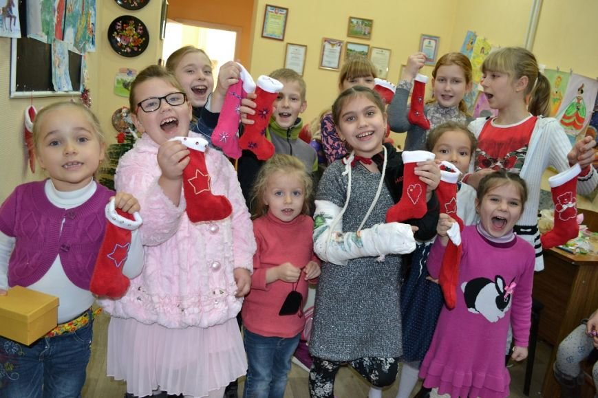 В Гаспре для талантливых детей прошел добрый праздник, приуроченный ко дню Святого Николая, фото-1