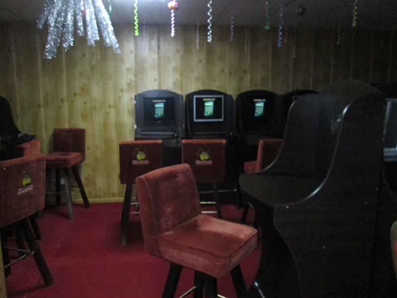 Изъято более 60 компьютеров, деньги и сетевое оборудование: результат ликвидации игорных залов в Бахмуте и Бахмутском районе (ФОТО), фото-8