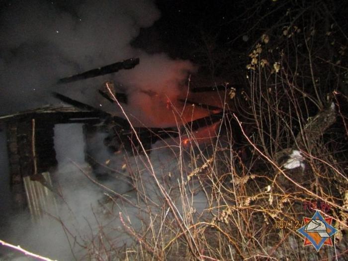 Мужчина сгорел в собственном доме в Сенненском районе, фото-1