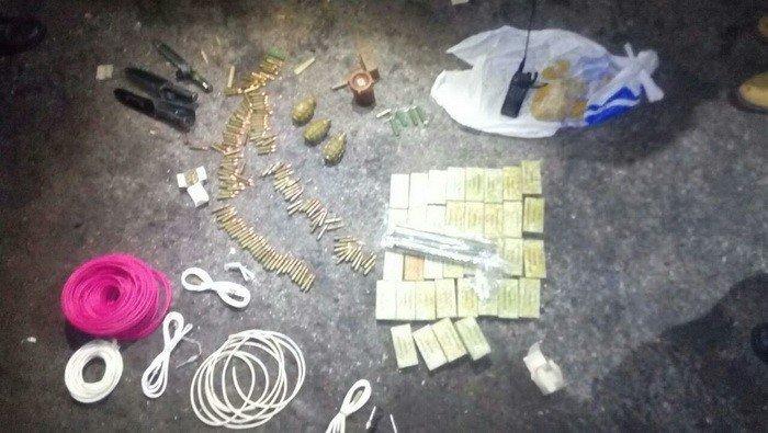 На Донбассе нашли два тайника с пластидом и тротилом, фото-1