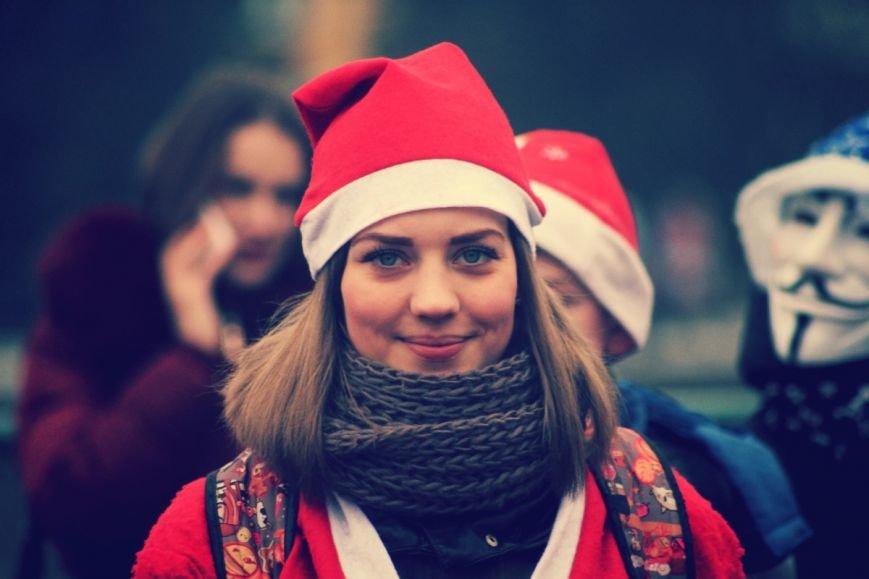 В Ужгороді пройшов ювілейний парад Миколайчиків: фоторепортаж, фото-1