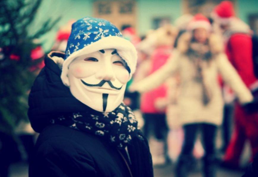 В Ужгороді пройшов ювілейний парад Миколайчиків: фоторепортаж, фото-12