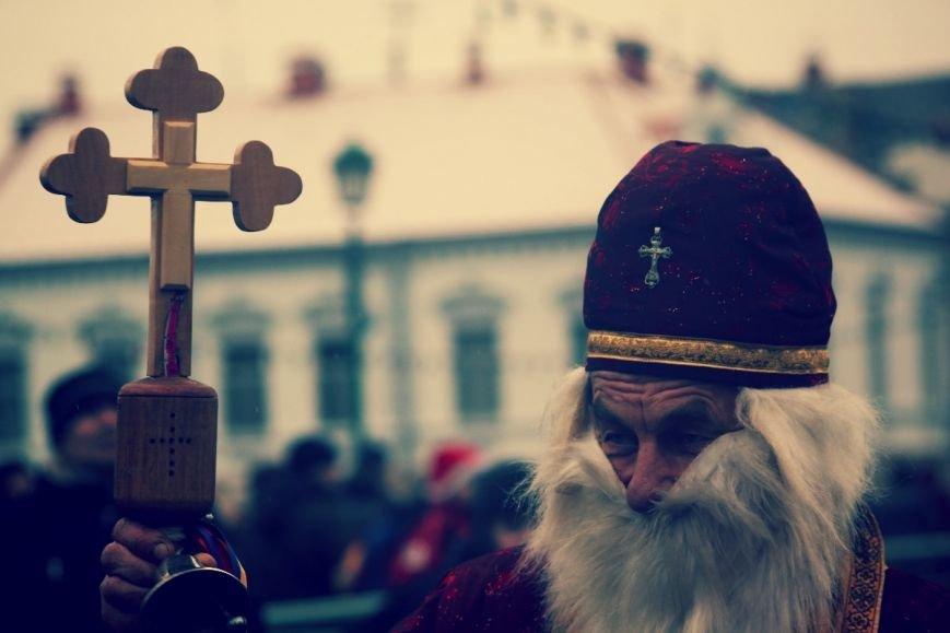 В Ужгороді пройшов ювілейний парад Миколайчиків: фоторепортаж, фото-4