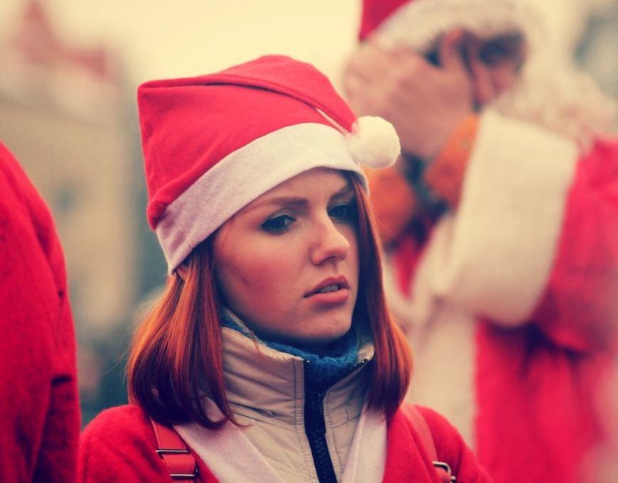 В Ужгороді пройшов ювілейний парад Миколайчиків: фоторепортаж, фото-16