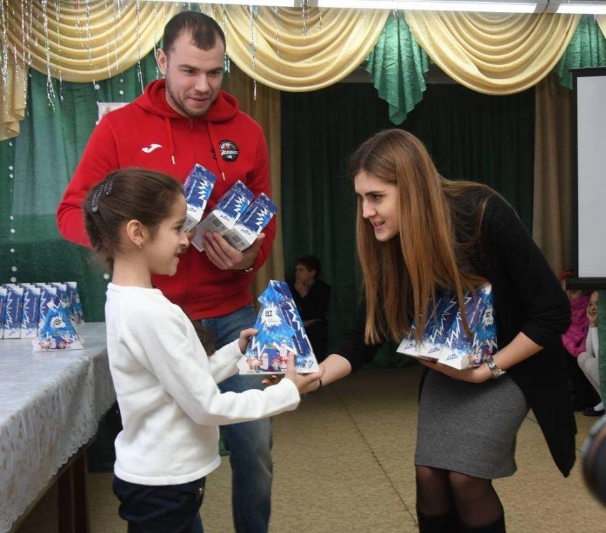 58 тысяч детей получили подарки в День Николая от Фонда Бориса Колесникова, фото-3