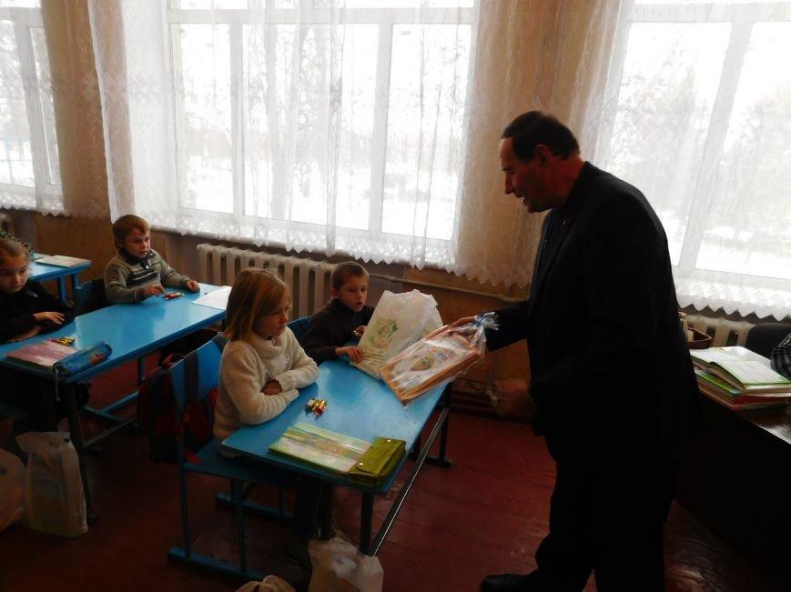 """В Добропольском районе стартовала традиционная акция """"Отдай сердце детям"""", фото-1"""