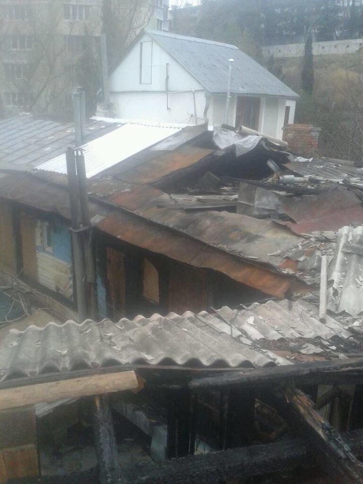 Погорельцы дома по улице Вергасова просят помощи через социальные сети, фото-2