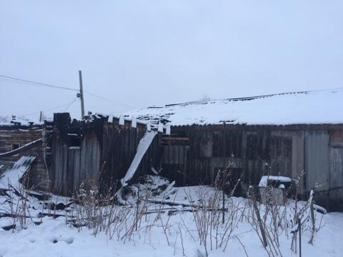 В Ишеевке сгорели баня и гараж. ФОТО, фото-1