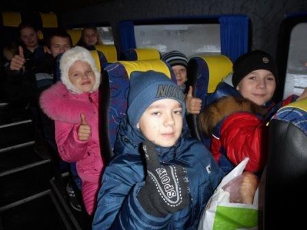 Сотню сладких наборов передали детям воинов АТО, фото-3