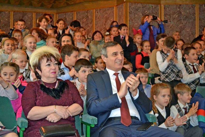 В день святого Николая дети из Алупкинской школы-интерната и санатория Боброва получили сладкие подарки, фото-6