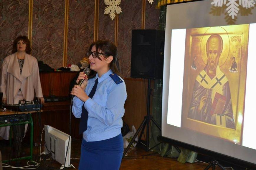 В день святого Николая дети из Алупкинской школы-интерната и санатория Боброва получили сладкие подарки, фото-8