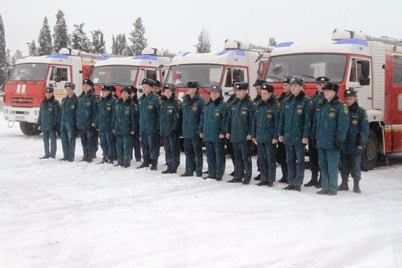 Спасатели Севастополя соревновались в скоростном маневрировании на снегу, фото-6