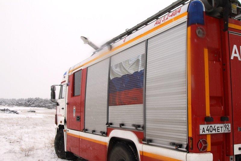 Спасатели Севастополя соревновались в скоростном маневрировании на снегу, фото-9