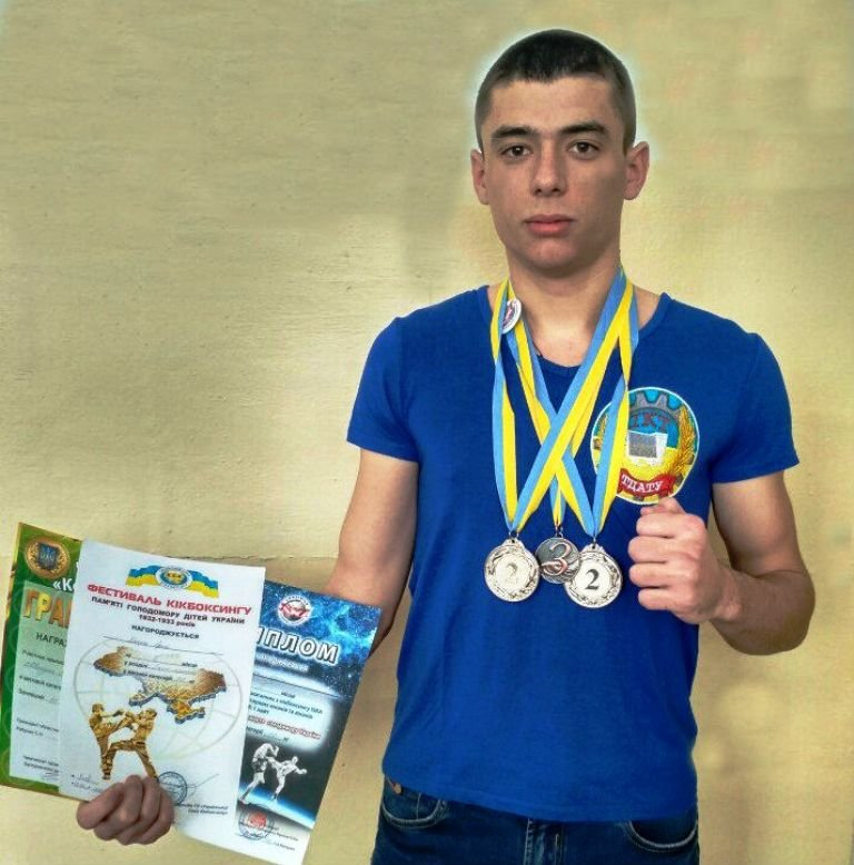 Студент-кикбоксер взял серебро на всеукраинских соревнованиях (фото), фото-3