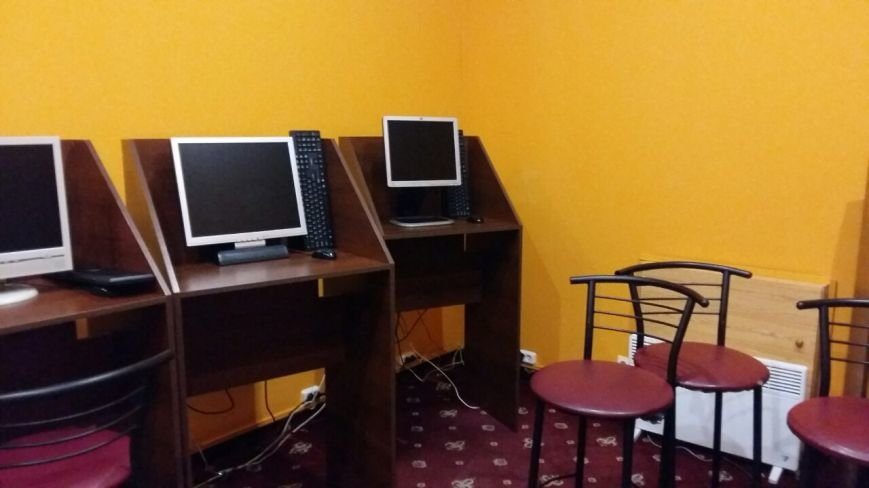 В Каменском закрыли очередное игорное заведение, работавшее под вывеской государственной лотереи, фото-3