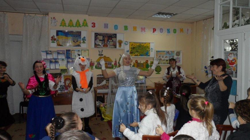 Святий Миколай крокує нашим Новоградом-Волинським…Цього разу він завітав до Центральної дитячої бібліотеки, фото-1