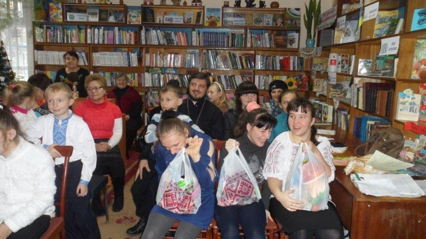 Святий Миколай крокує нашим Новоградом-Волинським…Цього разу він завітав до Центральної дитячої бібліотеки, фото-5