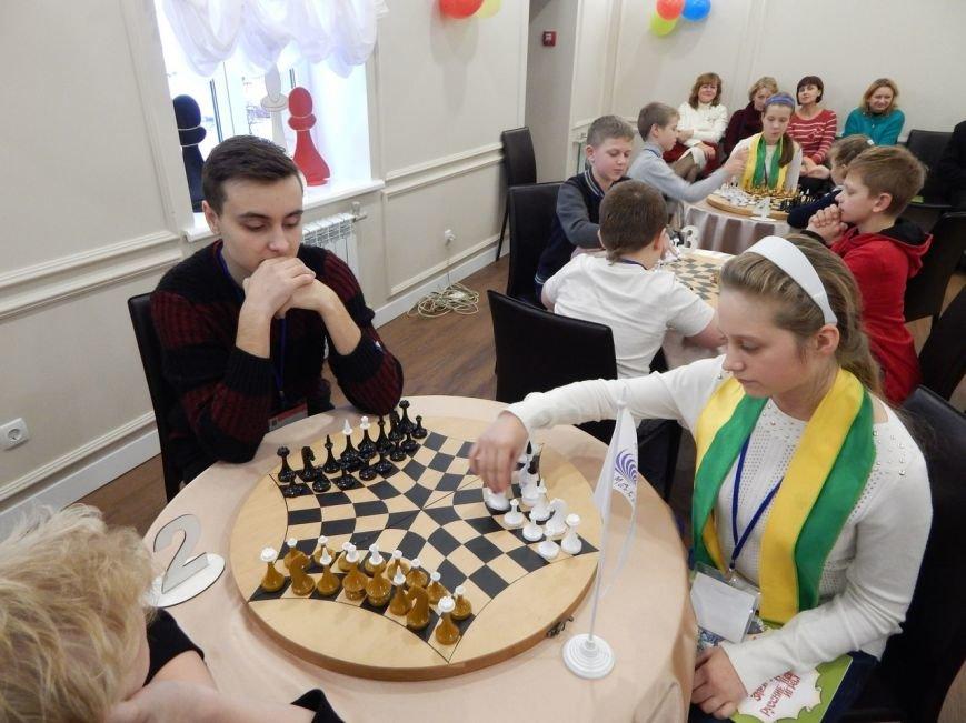 Мелитопольцы сыграли на детском фестивале по русским шахматам в Харькове (фото), фото-2